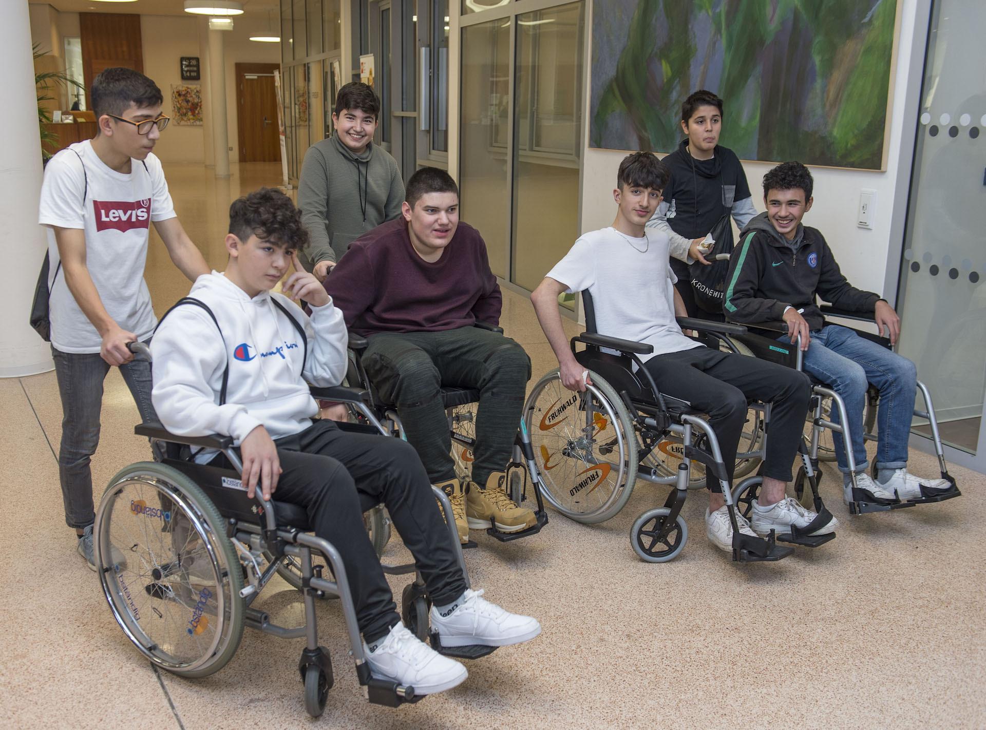 Boys' Day Rollstühle